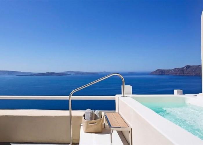 Canaves_Oia_Suites_Santorini_Greece