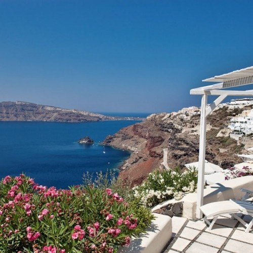 Canaves_Oia_Suites_Santorini_Greece