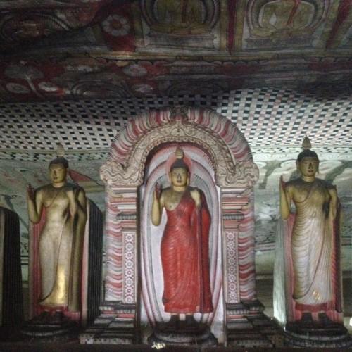 Dambulla cave temples (24)