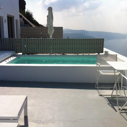Santorini_pool_villa