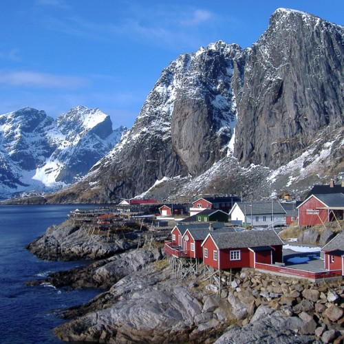 Lofoten-Fisherman-Cabin-Norway