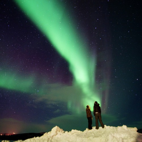 People-watching-the-northern-lights-at-Kautokeino-Finnmark-Norway