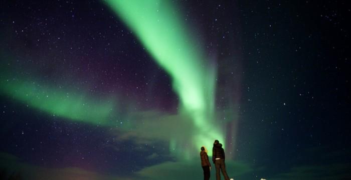 People-watching-the-northern-lights-at-Kautokeino-Finnmark-Norway