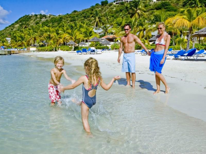 Antigua_family_holidays