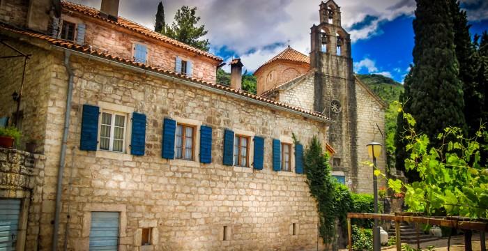 Montenegro_15-praskvica-monastery
