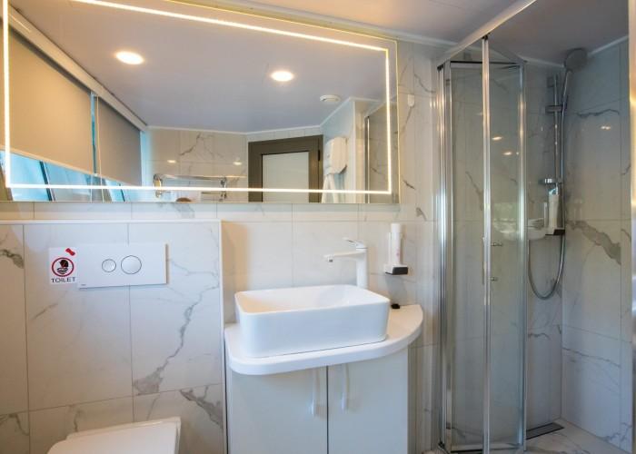 Agape-Rose-Bathroom-1-2000x1335