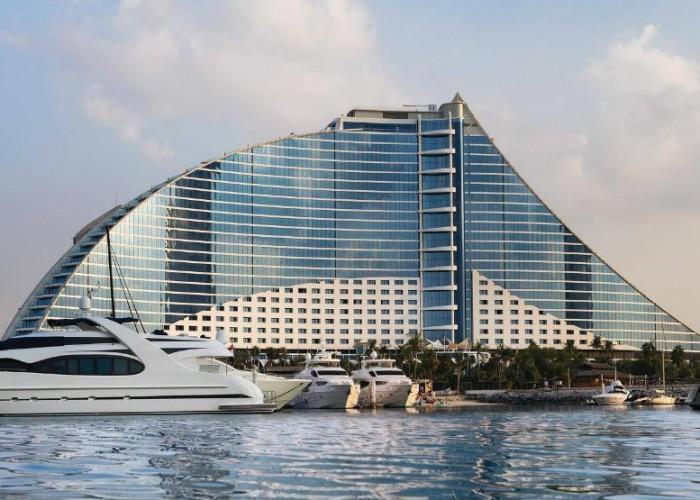 jumeirah beach hotel, Dubai, UAE