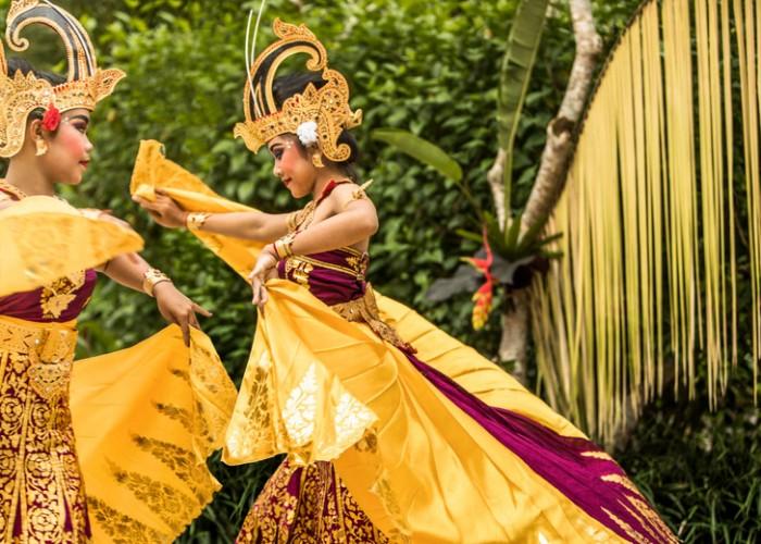 COMO-Uma-Ubud_Balinese-dancers-2
