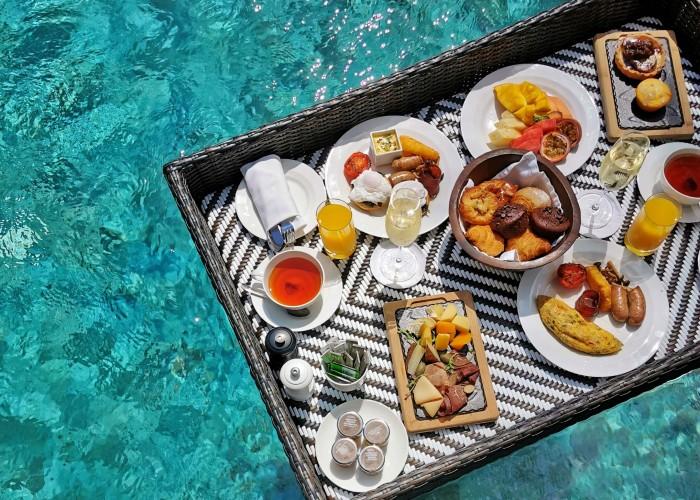 floating-breakfast